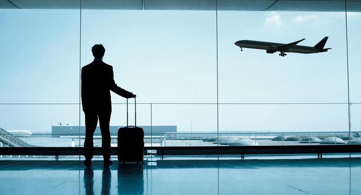 В Украине ввели санкции против двух авиакомпаний, летавших в оккупированный Крым