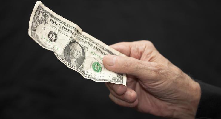 Куда можно сдать изношенные доллары и евро: Комментарий от НБУ