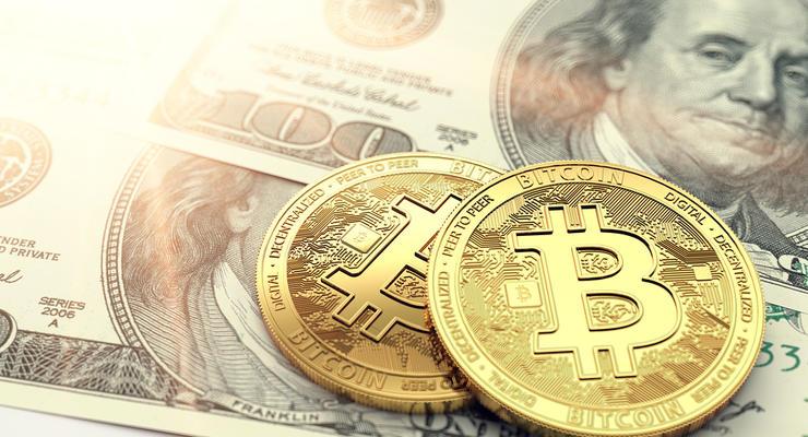 Новый рекорд: курс биткоина достиг 44,8 тыс долларов