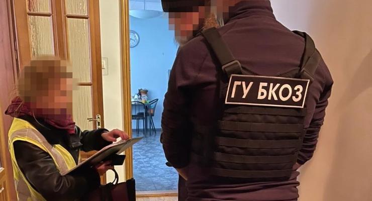 """Экс-главу правления банка """"Аркада"""" подозревают в растрате 22 млн гривен"""