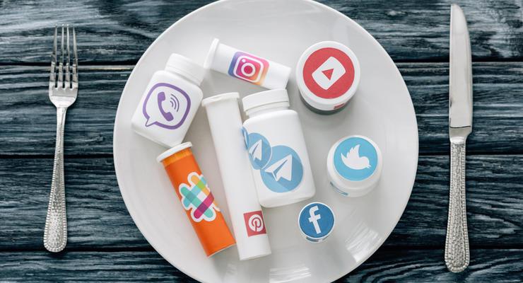 Рада приняла за основу законопроект о налоге на соцсети