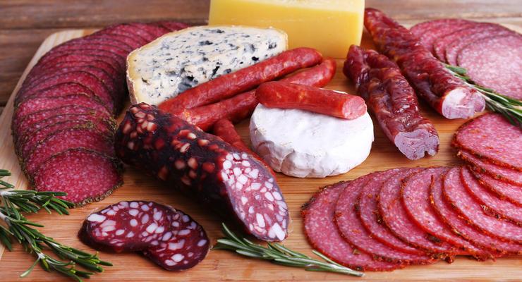 Откуда в Украину привозят колбасу: Список стран