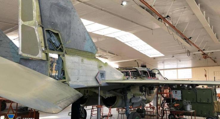На военные самолеты на Львовском авиаремонтном заводе устанавливали непригодное оборудование - СБУ