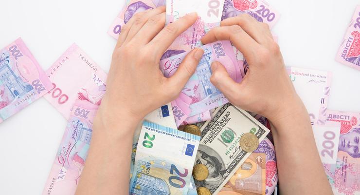 Курс валют на 04.03.2021: Гривна продолжает укрепляться, евро и доллар подешевели