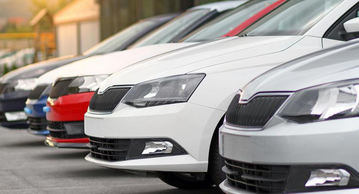 Евробляхи, б/у и электромобили: Что происходит на украинском авторынке