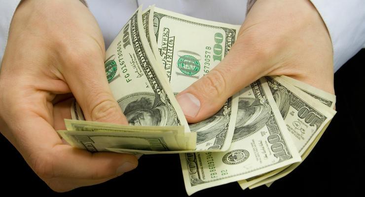 Валютные резервы в Украине сократились почти на 300 млн долларов