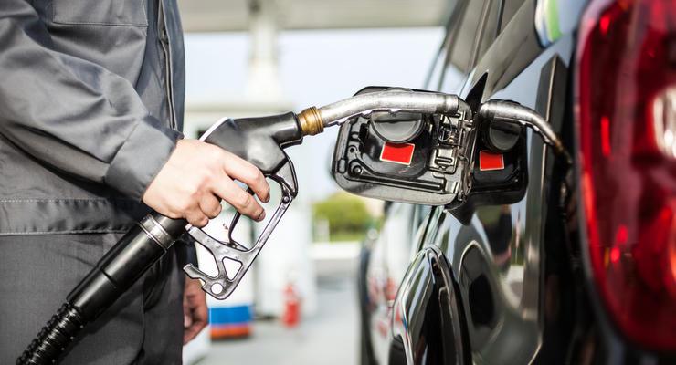 В Украине подорожало топливо для авто, - Госстат