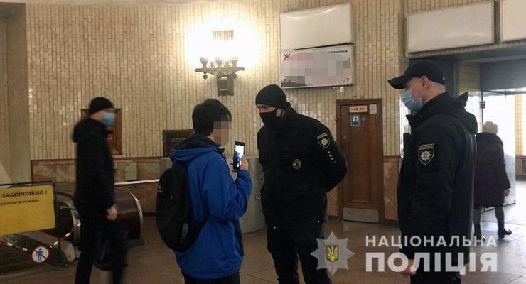 """В МВД пояснили, как будут штрафовать за отсутствие масок в городах """"красной зоны"""""""