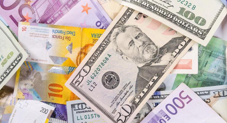 Курс валют на 26.03.2021: Доллар почти 28, евро пробил потолок в 33 гривны