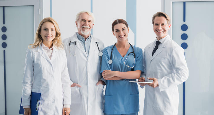К каким врачам украинцам не нужно электронное направление: Список