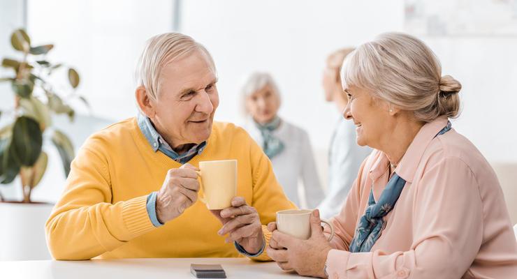 Пенсионный возраст в Украине повысили с 1 апреля: Кого коснется