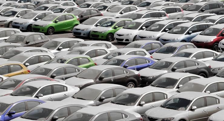 В марте украинцы купили на 10% больше б/у авто: Инфографика