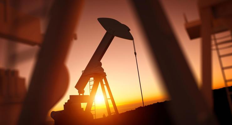 Цена на нефть 12.04.2021: Новые случаи COVID-19 сдерживает рост цен в мире