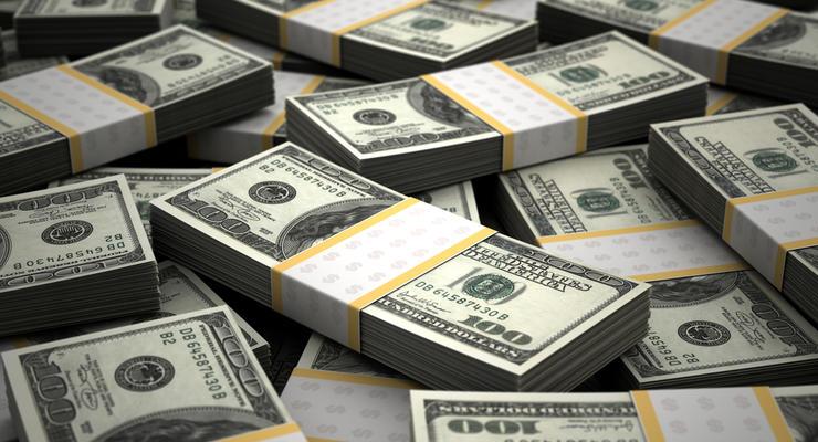 Украинцы массово продают доллары – Данилишин