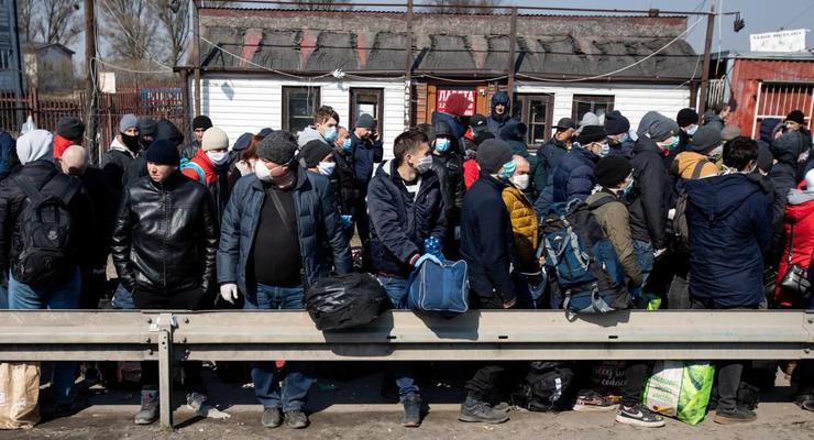 Депортация украинцев из РФ: Работать в Украине гораздо выгодней – эксперт