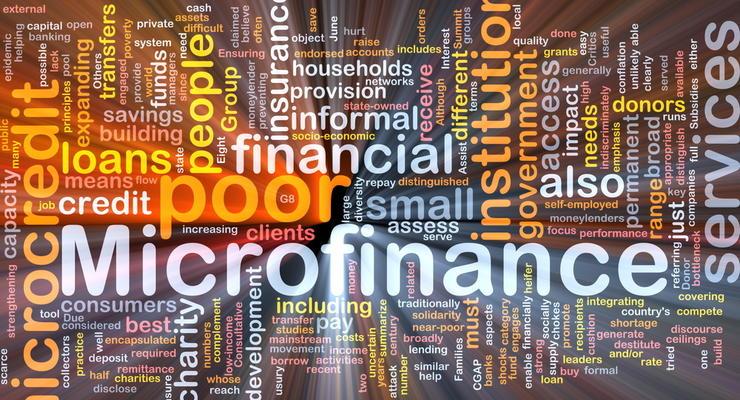 """Финкомпании рекламируют """"микрокредиты под 0%"""", а выдают под 510% годовых"""