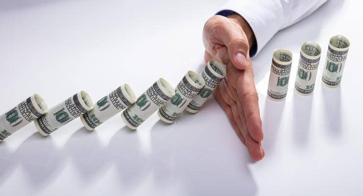 "Олигархи ""тормозят"" рост ВВП Украины — советник Зеленского"