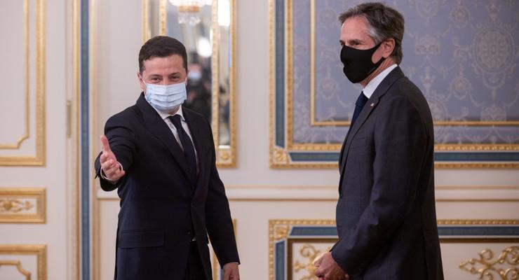 Зеленский и Блинкен обсудили ситуацию с увольнением Коболева