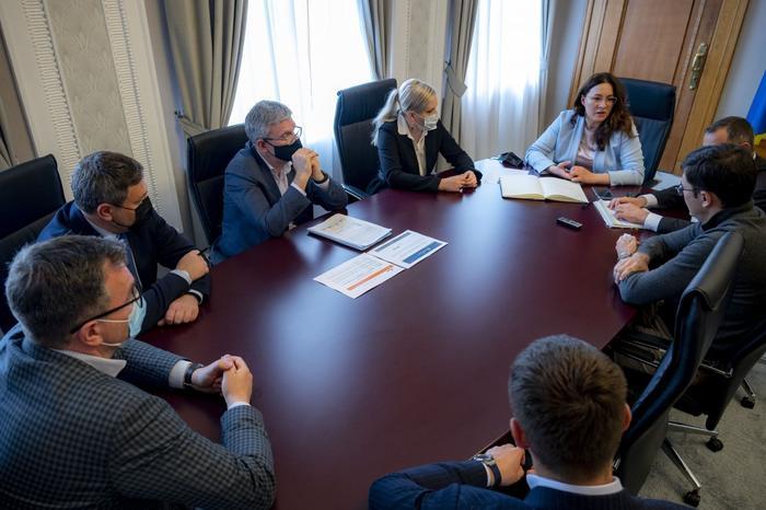 Совещание операторов рынка в Офисе президента