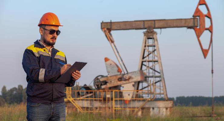 Прогноз цен на нефть: Сколько будет стоить топливо в 2021 году