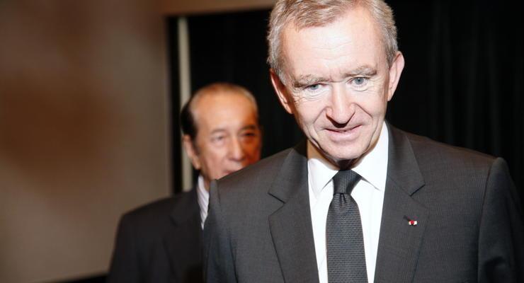 Владелец Louis Vuitton смог на пару часов обойти Безоса в рейтинге богатейших людей мира
