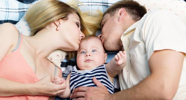 Выплаты при рождении ребенка в Украине поднимут до 50 тыс грн - Кабмин