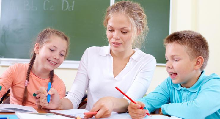 Средняя зарплата учителя в Украине и Европе: кто сколько получает