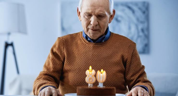 В Раде снова хотят поднять пенсионный возраст для украинцев: кому и на сколько