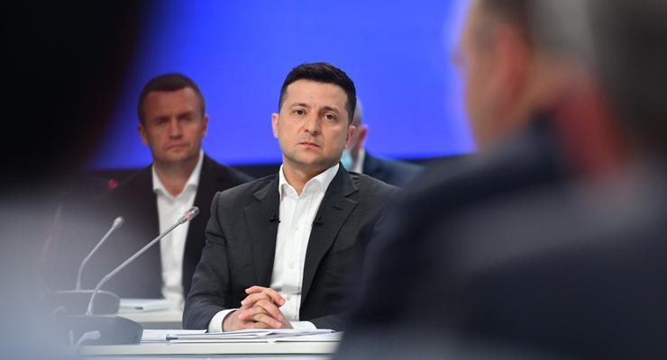 """Зеленский ветирует """"испорченный"""" закон о тюремном заключении за ложь в декларации"""