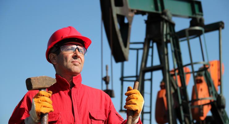 Цены на нефть 11.06.2021: Стоимость топлива немного упала