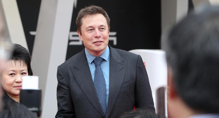 Когда Tesla начнет принимать биткоины: Маск назвал условия