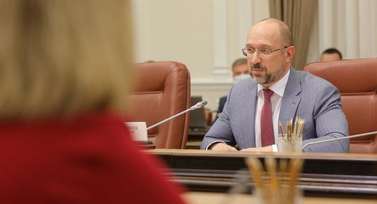 Шмыгаль оспорил в суде требование НАПК об отмене назначения Витренко