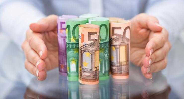 Курс валют на 22.06.2021: Евро дешевеет