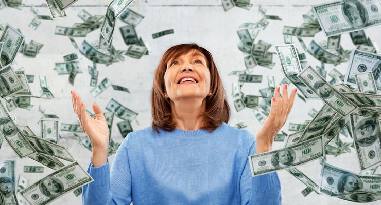 В США пенсионерка неожиданно обнаружила на своей карте $1 млрд
