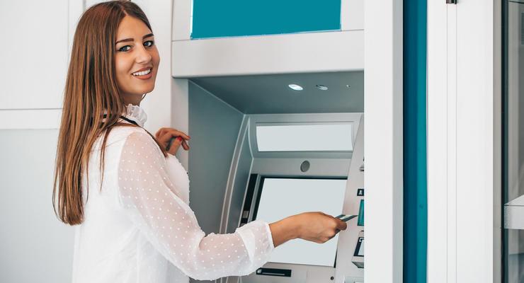 Купить валюту в Украине теперь можно в платежных терминалах, — НБУ