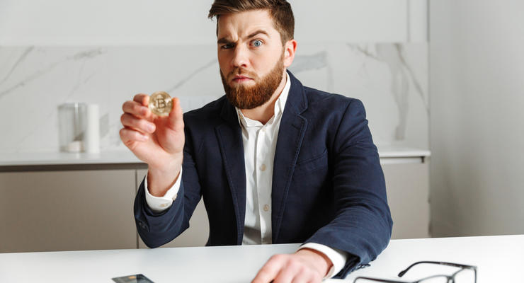 Monobank анонсировал выпуск карты в биткоинах
