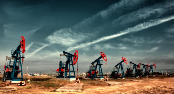 Цены на нефть 6.07.2021: Топливо снова дорожает