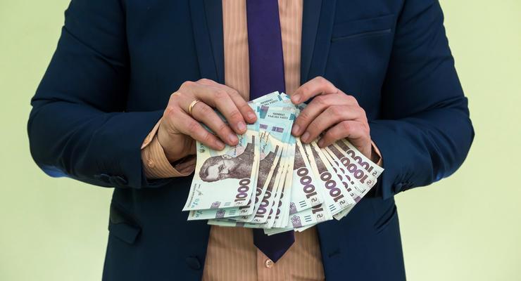 Сколько наличных денег держит каждый украинец: Инфографика