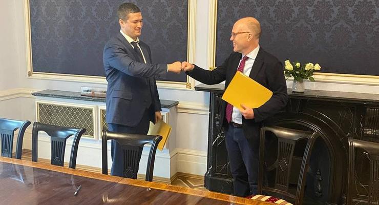 Amazon начинает работать в Украине, — Минцифры