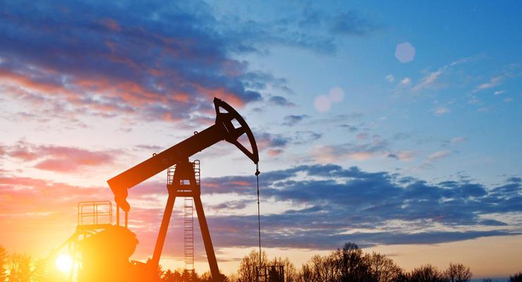 Цены на нефть 19.07.2021: Топливо подешевело