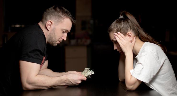 Минимальная зарплата в Украине: в Минфине рассказали, как будут поднимать ее уровень
