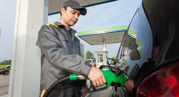 Цены на бензин в Украине снизят — решение Минэкономики
