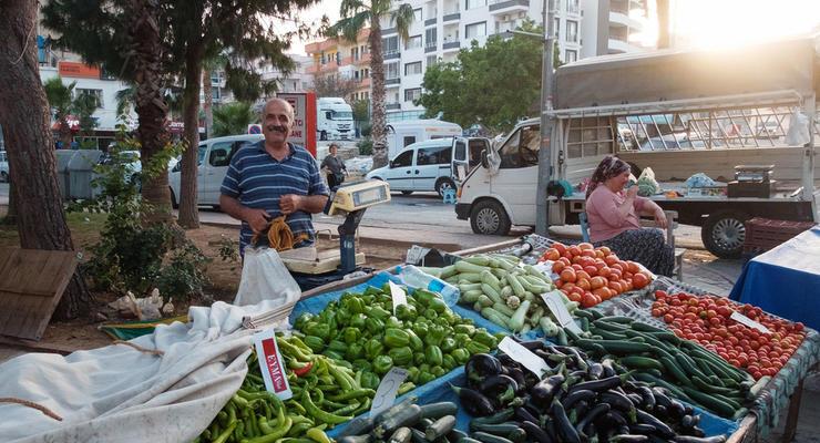 Как украинцев обманывают на рынках: названы основные уловки