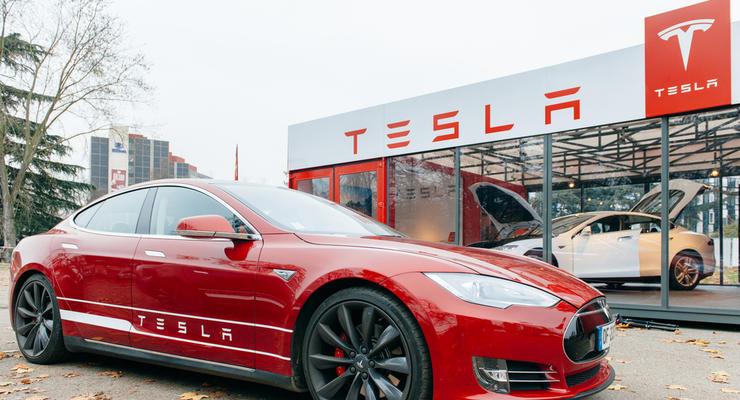 Tesla впервые заработала более $1 миллиарда чистой прибыли