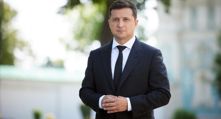 """""""Штрафы"""" за долги по коммуналке: Зеленский прокомментировал ситуацию"""