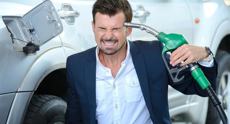 Цены на бензин в Украине: как подорожало топливо за год