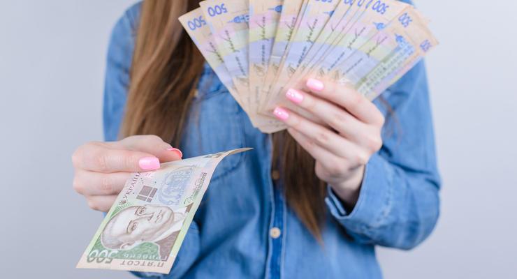 НБУ вводит в обращение новые банкноты: фото