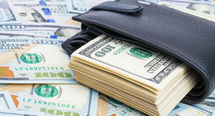 Курс валют на 26.08.2021: Доллар уверенно дорожает