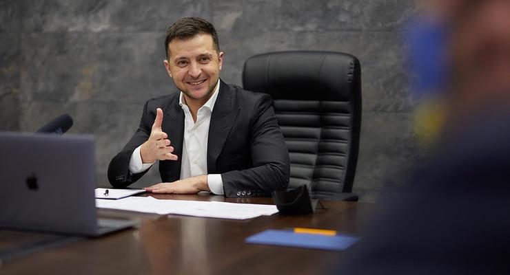 Тарифы на электроэнергию: Зеленский дал Кабмину месяц для установления новых цен