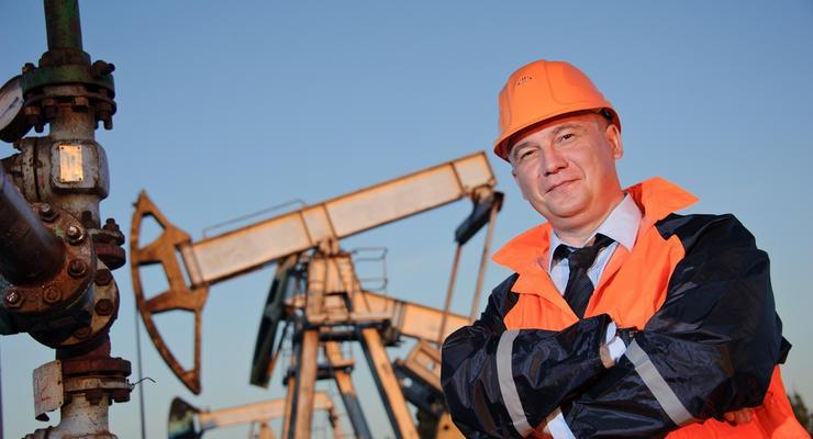 Цены на нефть 6.09.2021: Топливо дешевеет из-за сигналов ужесточения конкуренции на рынке